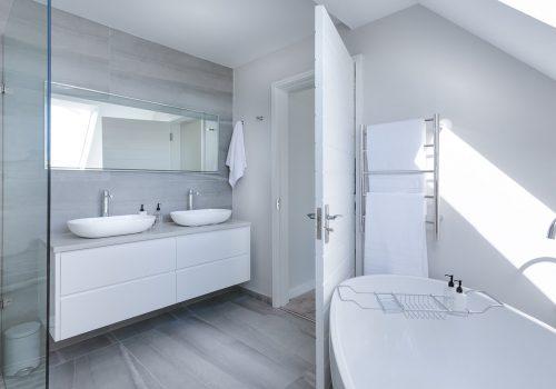 An image of a contemporary bathroom design.